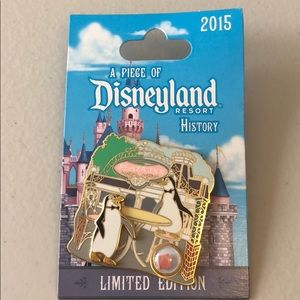 Other - Disneyland plaza inn pin